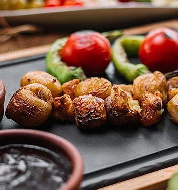 Krumpir punjen Kranjskom kobasicom